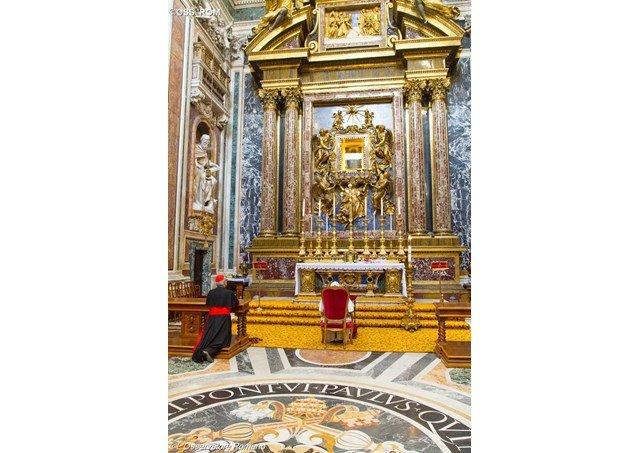 El Papa visita Santa María la Mayor