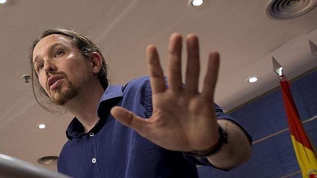 Los 'pitufos' de Podemos: El truco de usar gente pobre para colar donaciones ilegales de 5.000 euros al partido