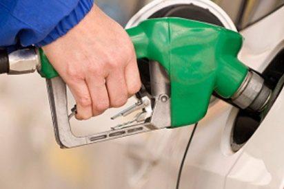 El consumo de combustibles de automoción crece en España un 8,1% en febrero de 2016