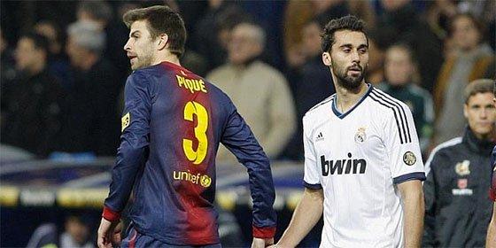 El resentido Piqué se pica con Arbeloa tras la derrota en Anoeta