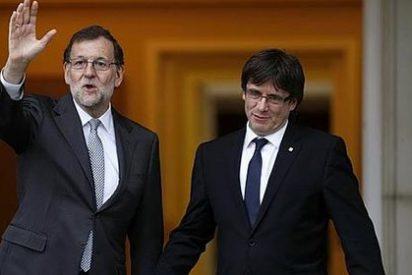 Majoy y Puigdemont guardando las formas en Moncloa