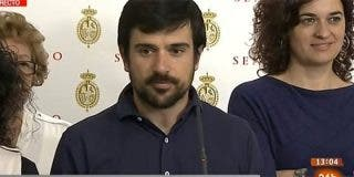 ¡Demagogia libre!: la mitad de los senadores de Podemos tiran de tarjeta de taxi