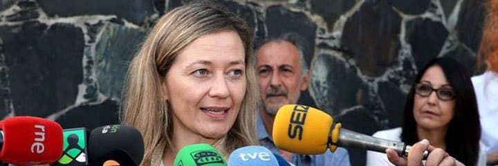 """Vicky Rosell, la 'Miss Aeropuerto' de Podemos, retrasó de manera """"inexplicable"""" la investigación del empresario amigo de su pareja"""