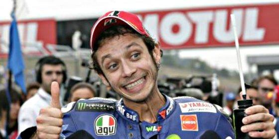 El italiano Rossi vence en Jerez por novena vez en su carrera y con un golpe de autoridad sobre Lorenzo y Márquez