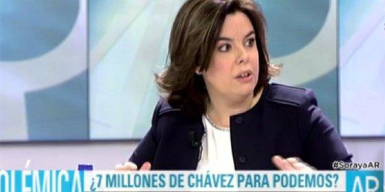 """Sáenz de Santamaría, sobre los 7 millones que soltó Chávez a Podemos: """"Que esto lo tengan en cuenta Sánchez y Rivera"""""""