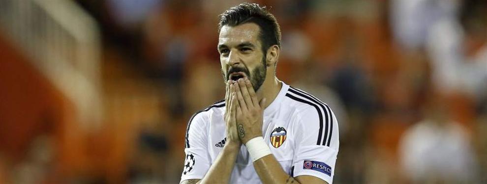 Un delantero muy polémico para jubilar a Negredo en el Valencia