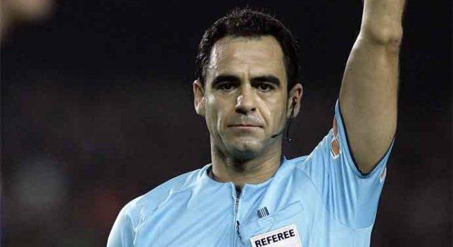Primer gol del Sevilla al Betis para el derbi: Lío con Velasco Carballo, el árbitro del partido