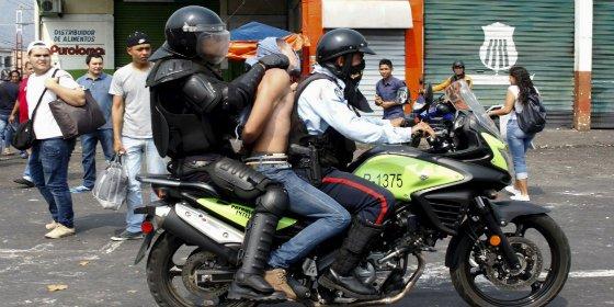 Las atroces ejecuciones extrajudiciales que Maduro oculta en Venezuela