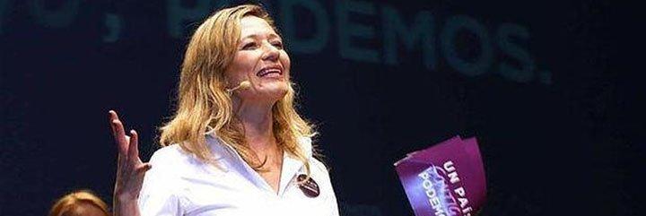Pablo Iglesias se 'embarca' en la casta para arropar a 'Miss Aeropuertos' Victoria Rosell
