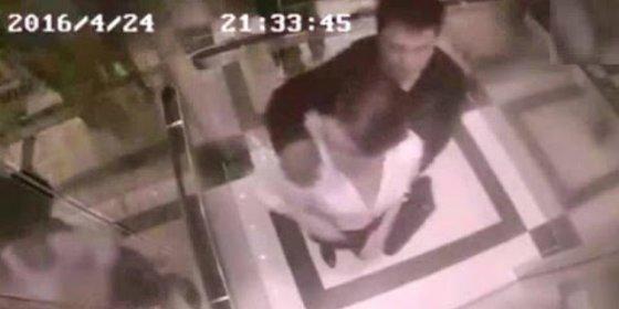 La paliza de una mujer al acosador que le mete mano en el ascensor