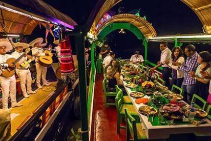Xoximilco, fiesta y gastronomía mexicana al son de los Mariachis