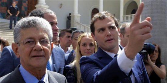 El viaje de Albert Rivera a Venezuela se vuelve en contra de Pedro Sánchez