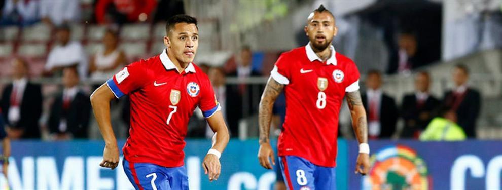 Arturo Vidal se mueve para cerrar la puerta del Bayern a Alexis Sánchez