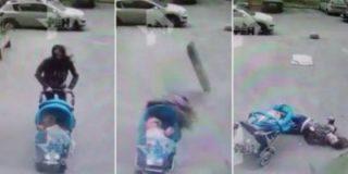 La madre que muere al caerle un balcón mientras pasea a su bebé