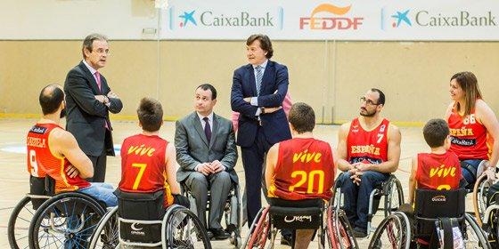 Deportes Y La Española Con Caixabank De Federación Personas lF1J3TKuc5