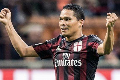 La oferta de locura de China para llevarse a Carlos Bacca del Milan