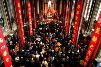 La Iglesia china celebra 20.000 bautizos en Pascua