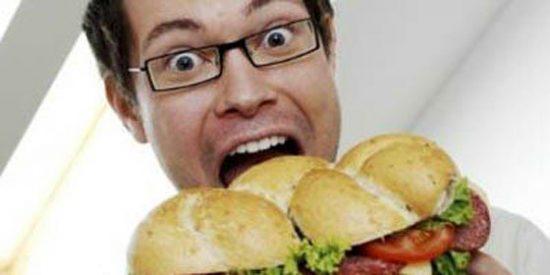 Hallan ADN de rata y otros ingredientes 'secretos' en hamburguesas