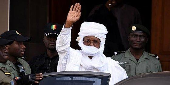 El exdictador de Chad, Hissène Habré, condenado a cadena perpetua por asesino