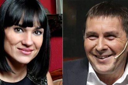 El doloroso artículo de Irene Villa contra Otegi por ensuciar el Parlamento catalán y mofarse de las víctimas