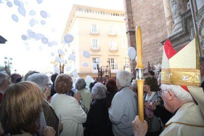 """Cañizares, ovacionado en la Catedral de Valencia """"por su valiente defensa de la familia cristiana en tiempos de persecución"""""""