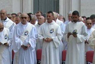 """El Papa a los diáconos: """"No tengais miedo de ser servidores de Cristo"""""""