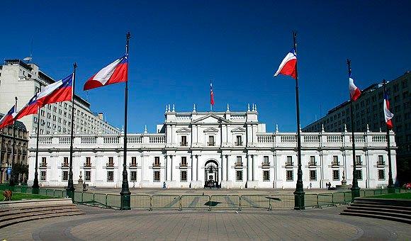 Chile cierra sus fronteras ante el avance del Coronavirus