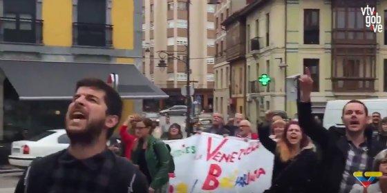 """Así se retratan los podemitas frente al padre de Leopoldo López: """"¡Asesino, asqueroso, ojalá se muera tu hijo!"""""""
