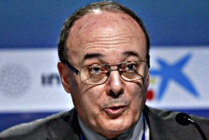 """Luis María Linde: """"Es imposible predecir cuando se normalizarán los tipos de interés"""""""