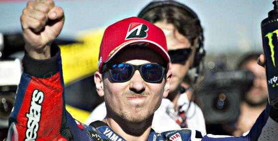 Jorge Lorenzo (Yamaha) se impone a Marc Márquez (Repsol Honda) en un final de infarto en Mugello