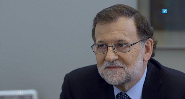 Mariano Rajoy ofrece a la Comisión Europea un esfuerzo adicional para evitar la multa a España