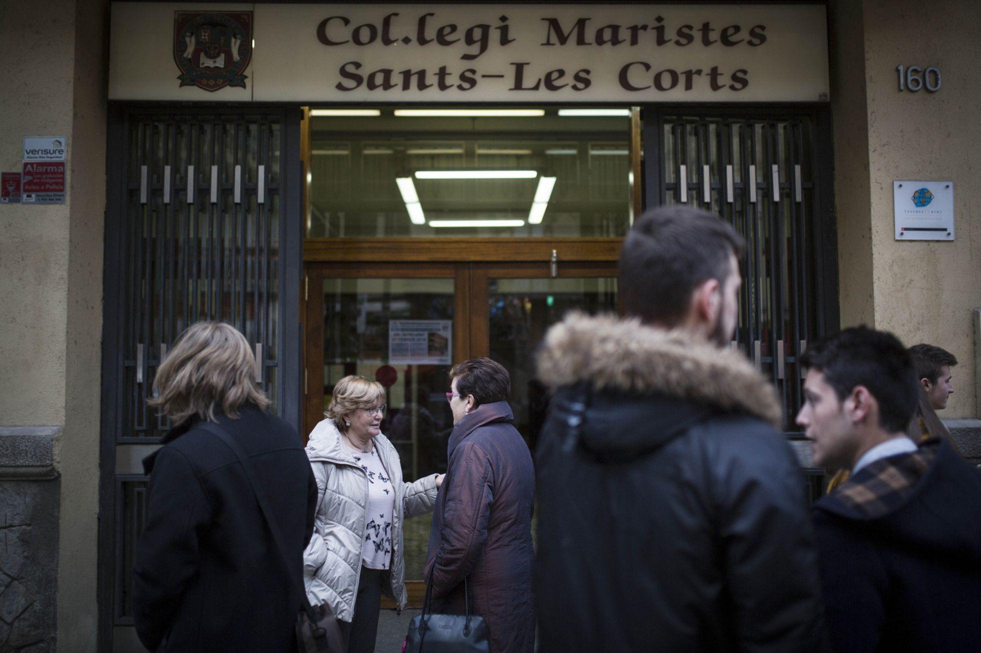 """Omella asegura al padre que denunció los abusos en los Maristas que el Papa """"sigue de cerca"""" su caso"""