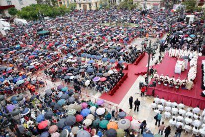 """Cañizares implora a la Virgen ayuda para una """"verdadera libertad, sin imposiciones ni sectarismos"""""""