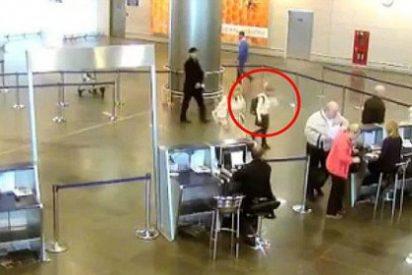 La niña que burla la seguridad del aeropuerto y se monta en el avión sola y sin billete