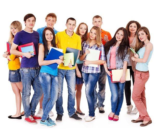 1.700 plazas para la formación de los jóvenes en verano