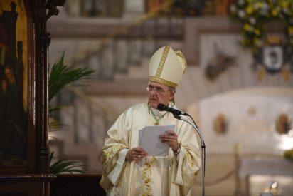 """Osoro en el Corpus: """"Dios nos da su corazón para hacernos descubrir que nadie sobra"""""""