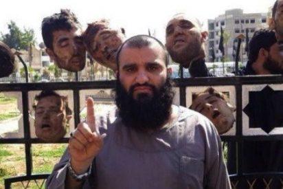 Los decapitadores del Estado Islámico declaran el estado de emergencia en su capital y se alistan para el 'sacrificio'
