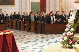 Los Reyes, Rajoy, Pablo Iglesias o Albert Rivera acuden unidos al funeral por las víctimas del terremoto de Ecuador