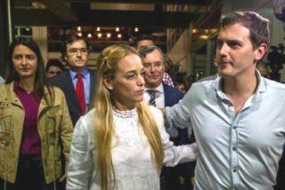 Albert Rivera pasa los controles chavistas y entra en Venezuela desafiando al tirano Maduro