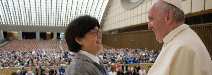 """Carmen Sammut: """"Las mujeres tenemos que estar donde se tomen las decisiones. Si no, la Iglesia no está completa"""""""