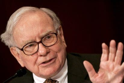 Apple se dispara más de un 3% en Bolsa tras entrar Warren Buffett en su capital