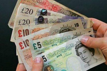 La libra esterlina modera su caída al 9% y se sitúa en niveles de 2009