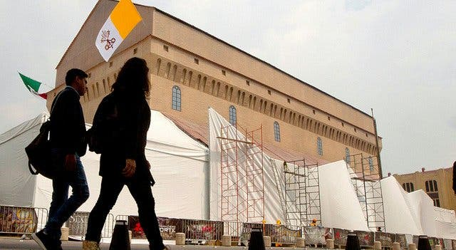 Recrean a tamaño real la Capilla Sixtina del Vaticano en la Ciudad de México