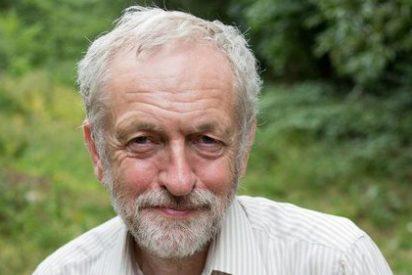 El líder laborista Jeremy Corbyn pierde la confianza de sus diputados tras la pifia del 'Brexit'