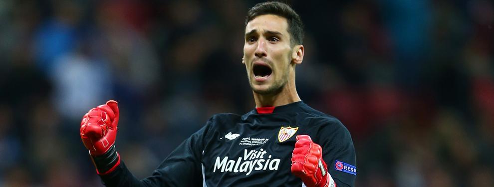 Al Sevilla no paran de crecerle los problemas... ahora en la portería