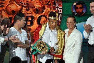 """El día que Muhammad Alí (Cassius Clay) fue proclamado """"Rey del Boxeo Mundial"""""""