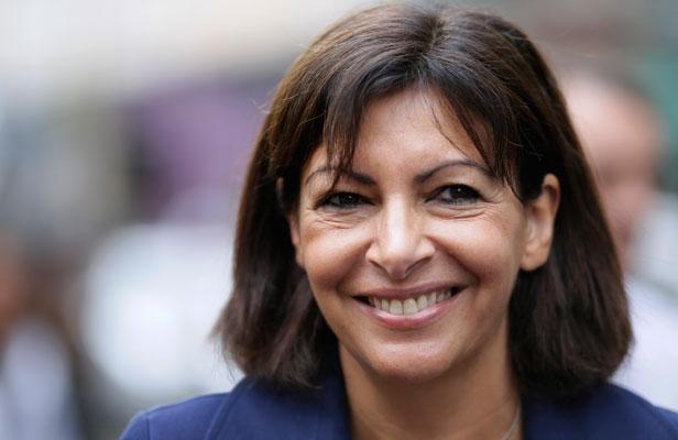 La andaluza Anne Hidalgo, su alcaldesa, rescata París