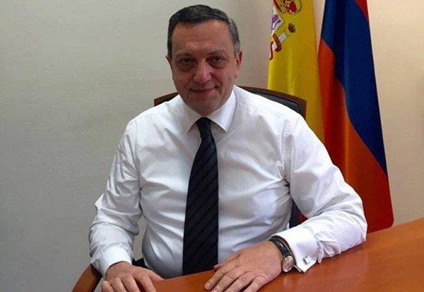 """El embajador de Armenia en España considera que el Papa rinde """"un tributo"""" a su pueblo"""