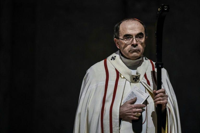El cardenal Barbarin, interrogado por la Policía francesa por los casos de pederastia en su diócesis