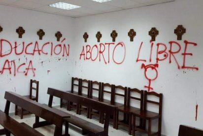 El Arzobispado de Madrid condena las pintadas en la capilla de la Autónoma